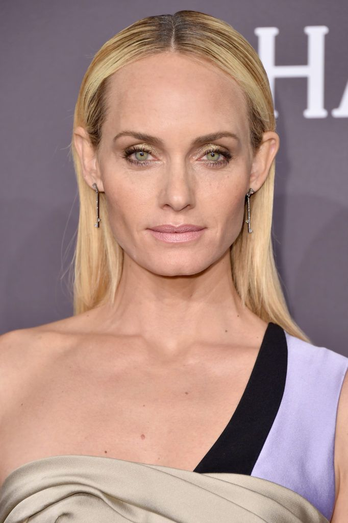 Model Amber Valletta attends the 19th Annual amfAR New York Gala at Cipriani Wall Street on February 8, 2017 in New York City.  (Photo by Michael Loccisano/Getty Images)