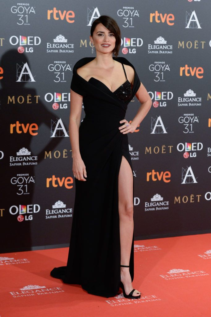 Penelope Cruz attends Goya Cinema Awards 2017 at Madrid Marriott Auditorium on February 4, 2017 in Madrid, Spain.  (Photo by Carlos Alvarez/Getty Images)