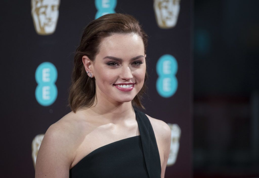 LONDON, ENGLAND - FEBRUARY 12:  Daisy Ridley attends the 70th EE British Academy Film Awards (BAFTA) at Royal Albert Hall on February 12, 2017 in London, England.  (Photo by John Phillips/Getty Images)