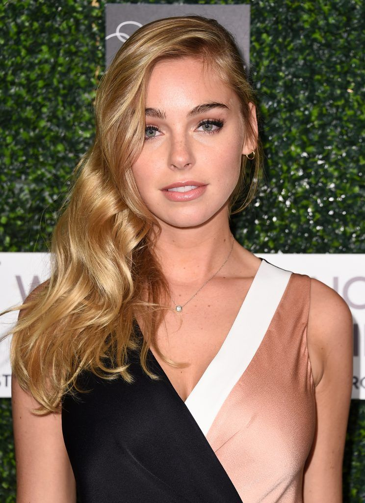 "Model Elizabeth Turner attends WCRF's ""An Unforgettable Evening"" presented by Saks Fifth Avenue at the Beverly Wilshire Four Seasons Hotel on February 16, 2017 in Beverly Hills, California.  (Photo by Alberto E. Rodriguez/Getty Images)"