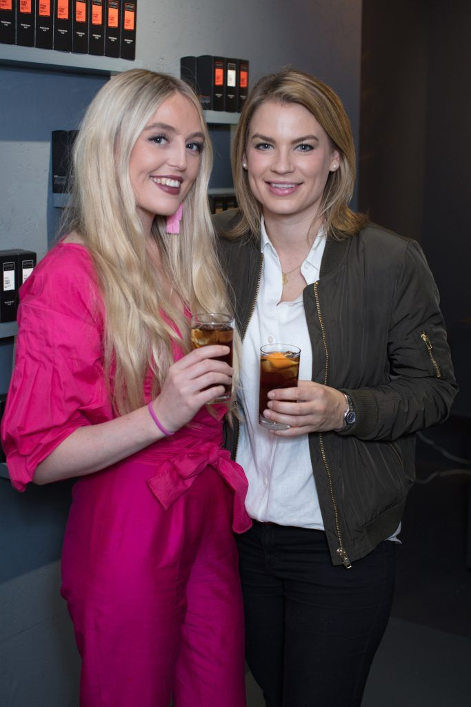 Anne Nuding & Amber Wilson pictured at the first ever Lynx pop-up shop in Ireland. Guys can drop into 60 South William Street to avail of haircuts from Lynx grooming experts - redeemable with product. Photo: Anthony Woods