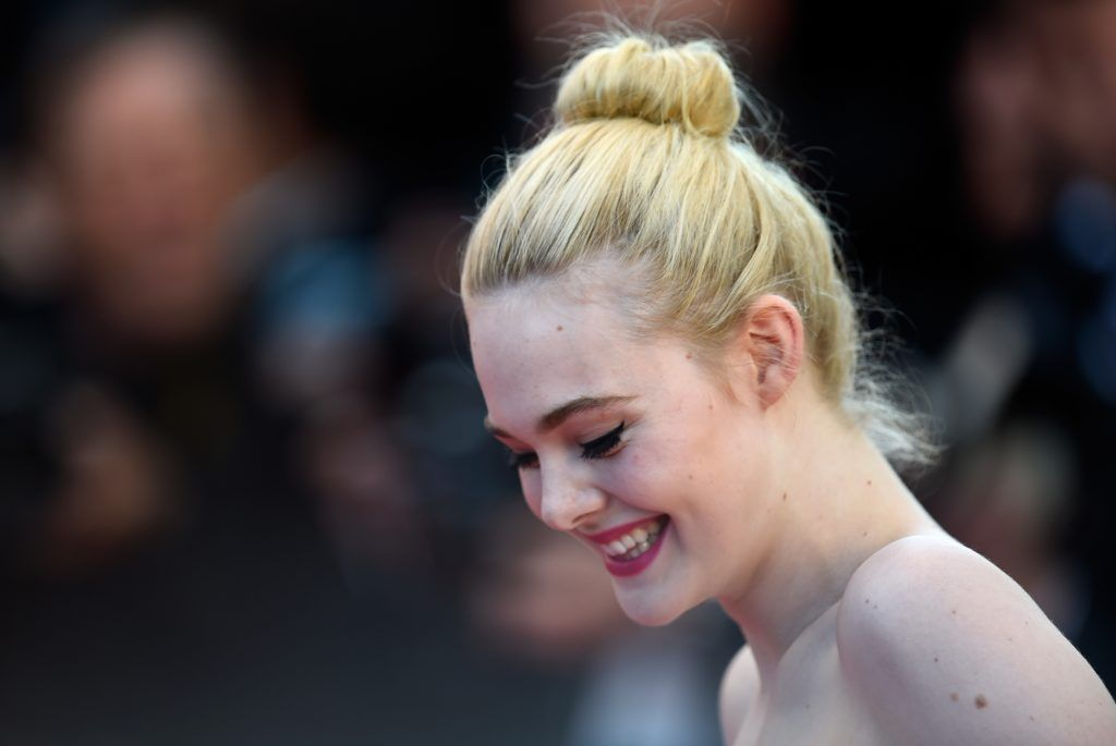 "Actress Elle Fanning attends the ""Ismael's Ghosts (Les Fantomes d'Ismael)"" screening and Opening Gala during the 70th annual Cannes Film Festival at Palais des Festivals on May 17, 2017 in Cannes, France.  (Photo by Antony Jones/Getty Images)"