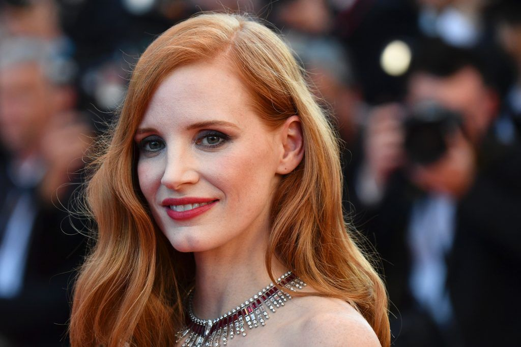 Jessica Chastain poses as she arrives on May 17, 2017 for the screening of the film 'Ismael's Ghosts' (Les Fantomes d'Ismael) during the opening ceremony of the 70th edition of the Cannes Film Festival in Cannes, southern France. (Photo ALBERTO PIZZOLI/AFP/Getty Images)
