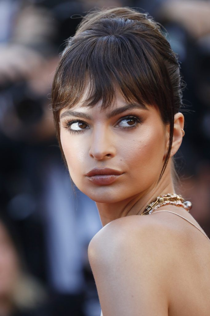 "Model Emily Ratajkowski attends the ""Ismael's Ghosts (Les Fantomes d'Ismael)"" screening and Opening Gala during the 70th annual Cannes Film Festival at Palais des Festivals on May 17, 2017 in Cannes, France.  (Photo by Tristan Fewings/Getty Images)"