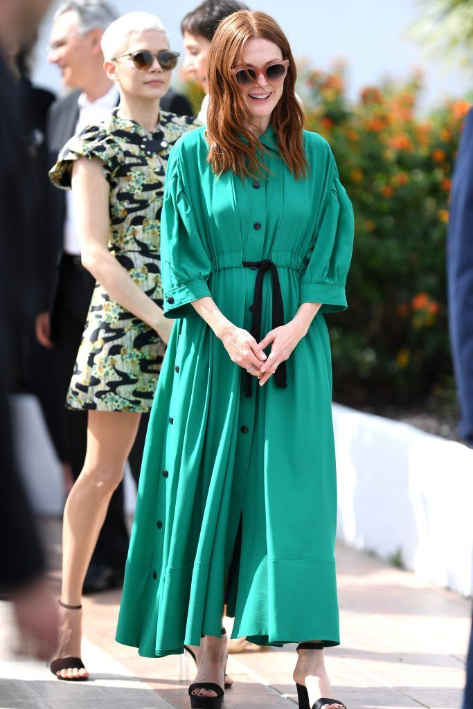 "Actress Michelle William and actress Julianne Moore attend ""Wonderstruck"" Photocall during the 70th annual Cannes Film Festival at Palais des Festivals on May 18, 2017 in Cannes, France.  (Photo by Pascal Le Segretain/Getty Images)"