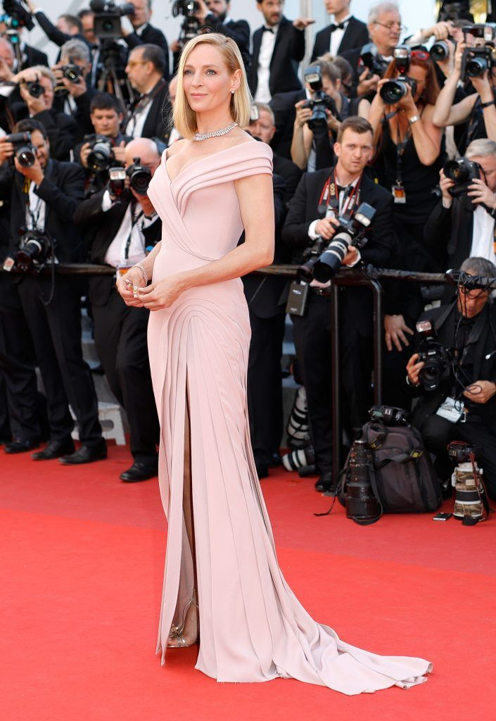 """Uma Thurman attends the """"Ismael's Ghosts (Les Fantomes d'Ismael)"""" screening and Opening Gala during the 70th annual Cannes Film Festival at Palais des Festivals on May 17, 2017 in Cannes, France.  (Photo by Andreas Rentz/Getty Images)"""