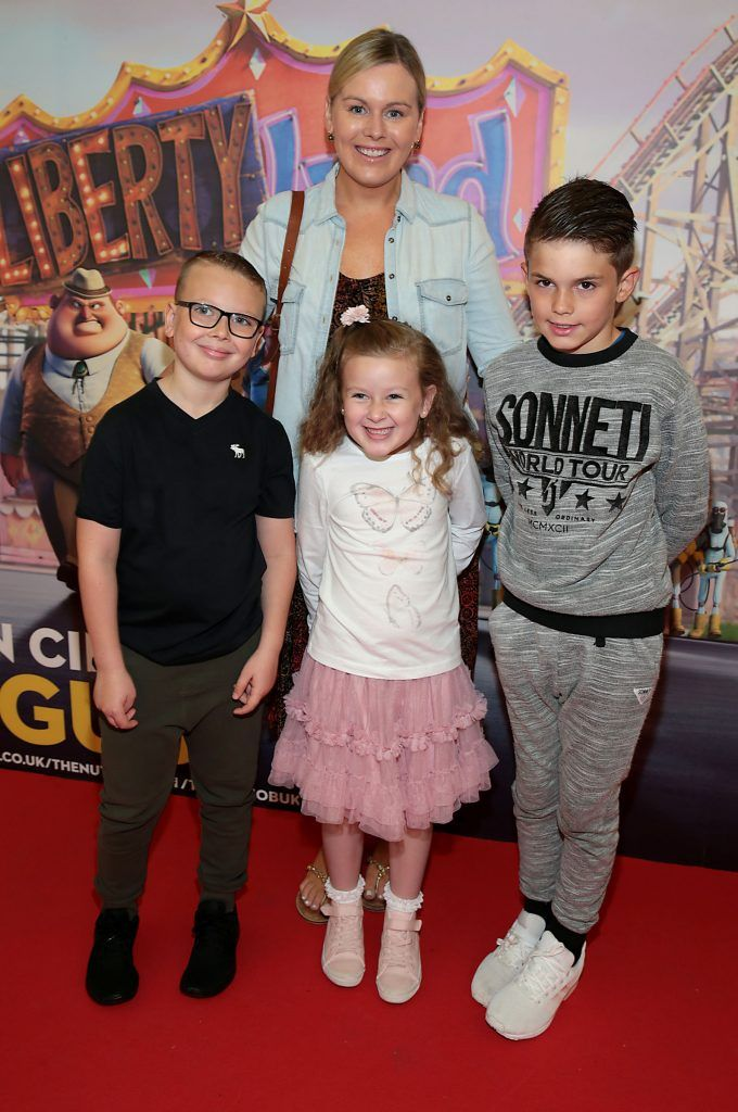 Catriona O Connor with Alex Norman, Ava Norman and Calum O Connor at the special family preview screening of The Nut Job 2 at The Odeon Cinema in Point Village, Dublin. Picture by Brian McEvoy