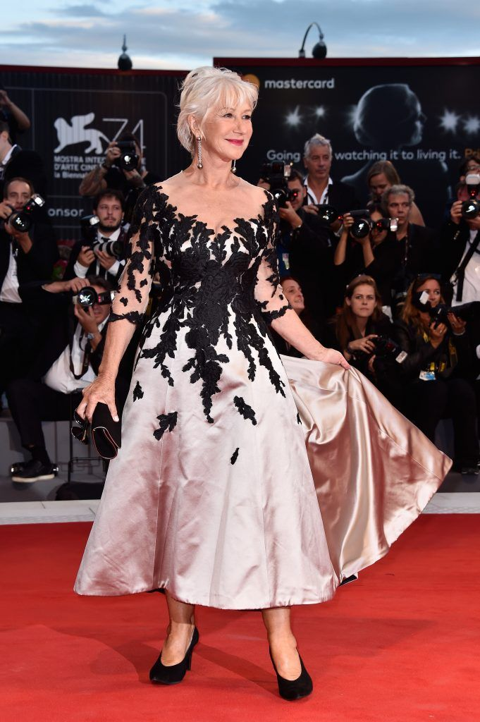 Helen Mirren walks the red carpet ahead of the 'The Leisure Seeker (Ella & John)' screening during the 74th Venice Film Festival at Sala Grande on September 3, 2017 in Venice, Italy.  (Photo by Pascal Le Segretain/Getty Images)