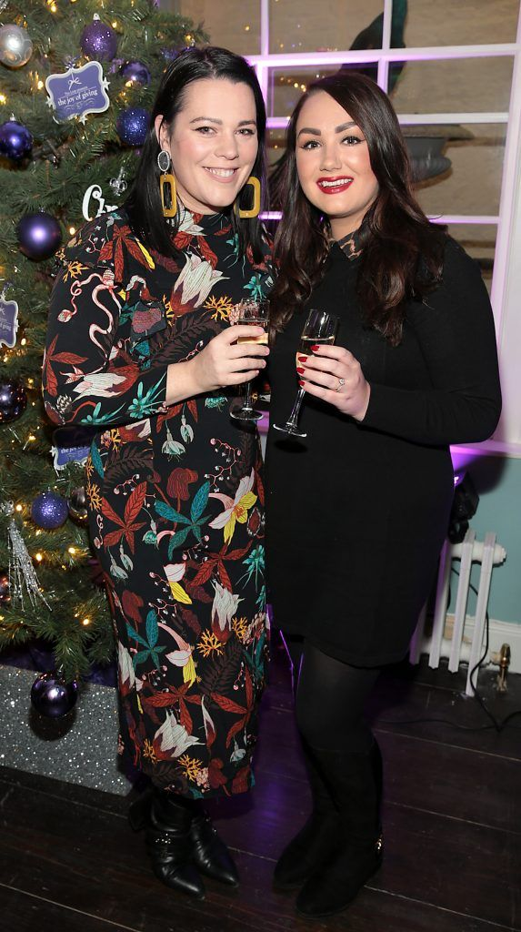 Corina Gaffey and Vicki Notaro at the Loop at Dublin and Cork Airports Joy of Giving Christmas Preview at Number 4 Parliament Street. Picture: Brian McEvoy