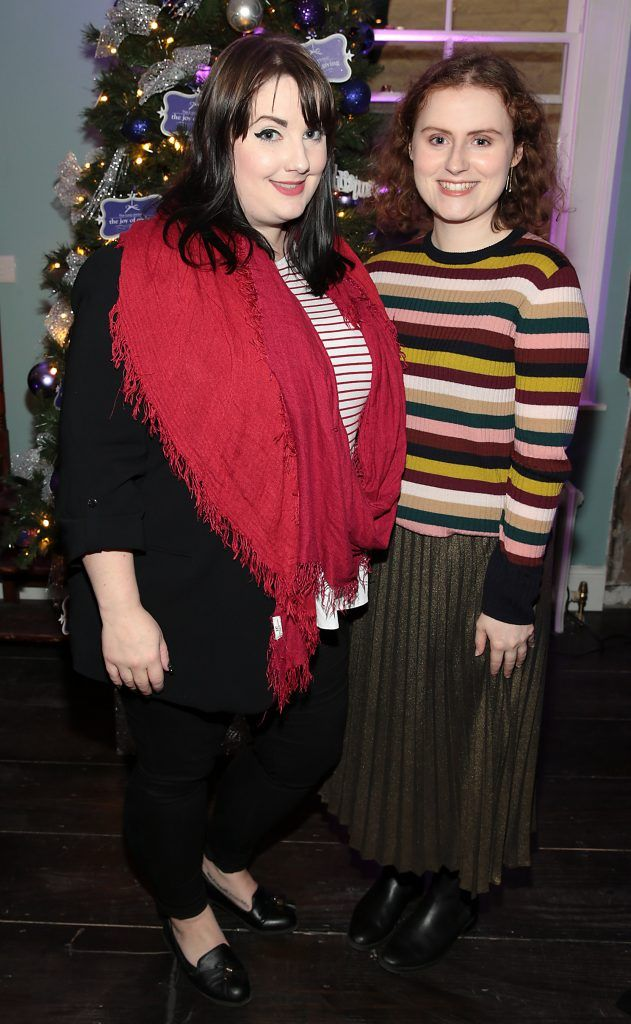 Dee Finnerty and Meadhbh McGrath at the Loop at Dublin and Cork Airports Joy of Giving Christmas Preview at Number 4 Parliament Street. Picture: Brian McEvoy