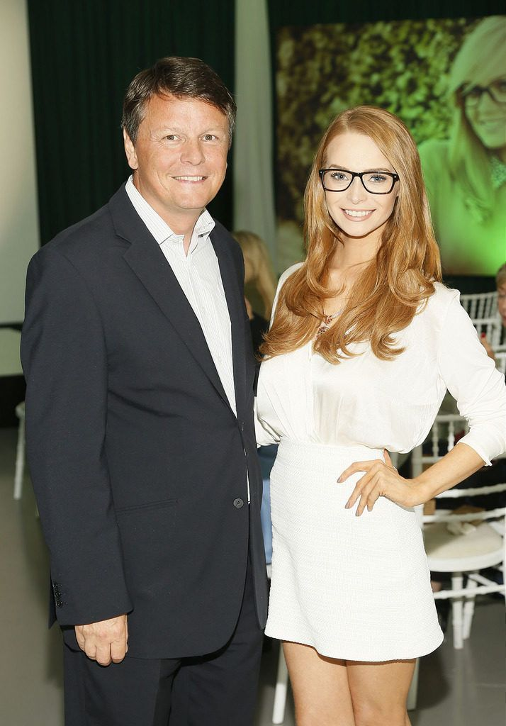 Duncan Graham and Aoife Walsh at the Irish Spectacle Wearer of the Year competition hosted by Specsavers and held in the RHA-photo Kieran Harnett