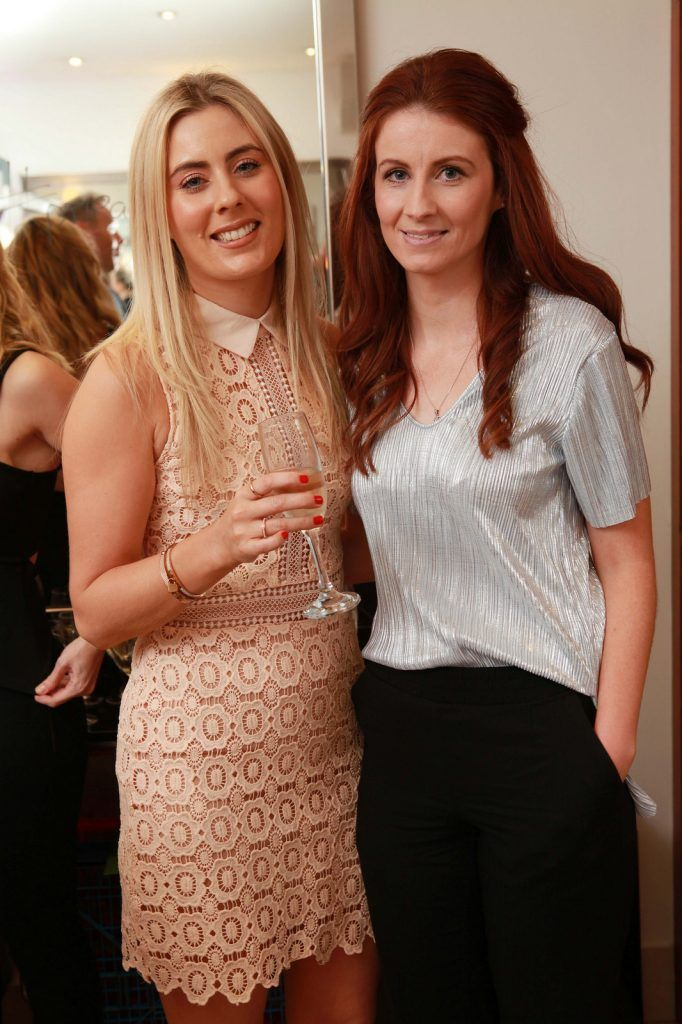 Samantha O'Callaghan, Blarney Road, and Edel Cronin, Carrigtowhill, pictured at the Peter Mark Rapture launch event in the Peter Mark Winthrop St. salon, Cork. Rapture are a new hair extension range to Ireland, exclusive to Peter Mark.  Pic: Diane Cusack