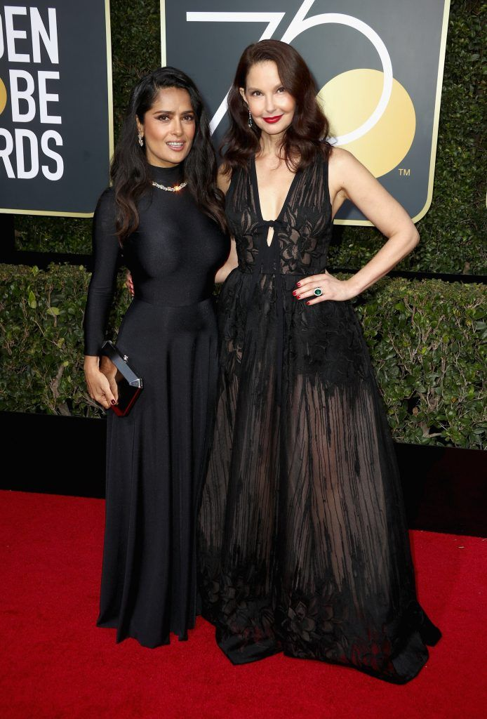 BEVERLY HILLS, CA - JANUARY 07:  Salma Hayek and Ashley Judd attends The 75th Annual Golden Globe Awards at The Beverly Hilton Hotel on January 7, 2018 in Beverly Hills, California.  (Photo by Frederick M. Brown/Getty Images)