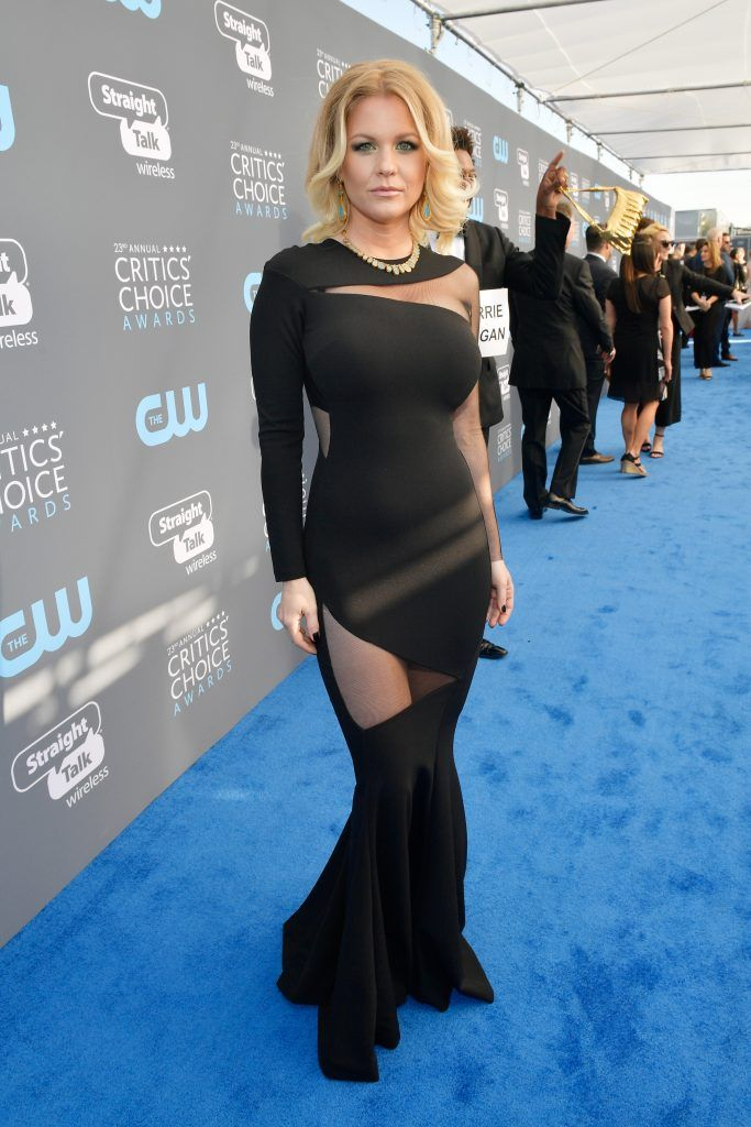 SANTA MONICA, CA - JANUARY 11:  TV personality Carrie Keagan attends The 23rd Annual Critics' Choice Awards at Barker Hangar on January 11, 2018 in Santa Monica, California.  (Photo by Matt Winkelmeyer/Getty Images for The Critics' Choice Awards  )