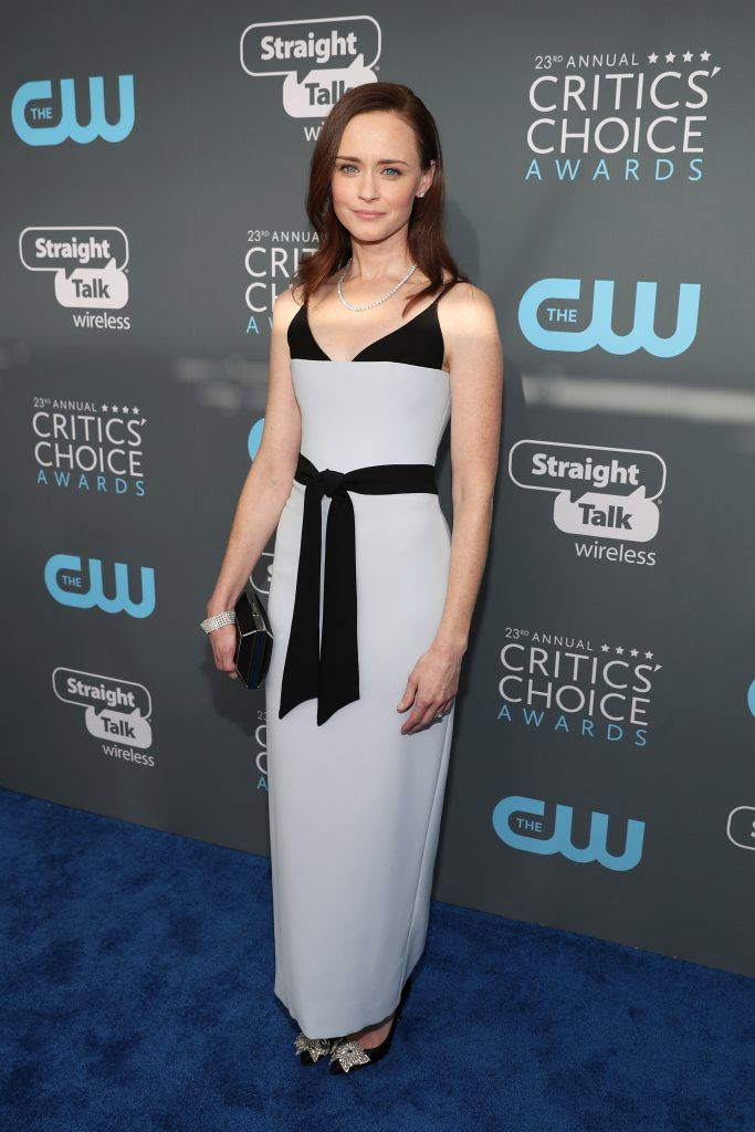 SANTA MONICA, CA - JANUARY 11:  Actor Alexis Bledel attends The 23rd Annual Critics' Choice Awards at Barker Hangar on January 11, 2018 in Santa Monica, California.  (Photo by Christopher Polk/Getty Images for The Critics' Choice Awards  )