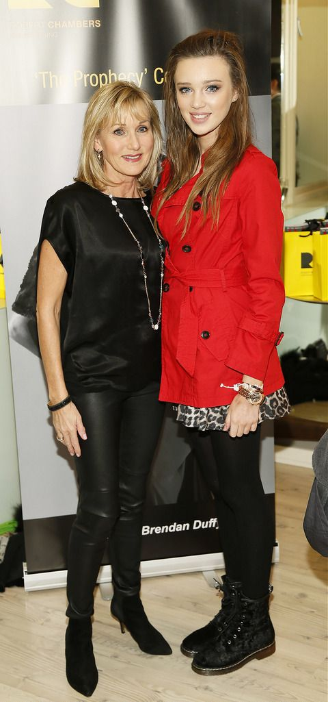 Annie Gribbin and Niamh McCormack at the Robert Chambers 40th anniversary celebrations at their newly refurbished salon on Grafton Street-photo Kieran Harnett