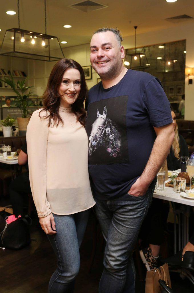 Pictured at the Kiehls and Arnotts supper launch event of Midnight Recovery Botanical Cleansing Oil held at Clodagh's Kitchen were (LtoR) Ailbhe Lynch and Leonard Daly. The highly anticipated launch of Midnight Recovery Botanical Cleansing Oil takes place from March 19th. Photo: Sasko Lazarov/Photocall Ireland