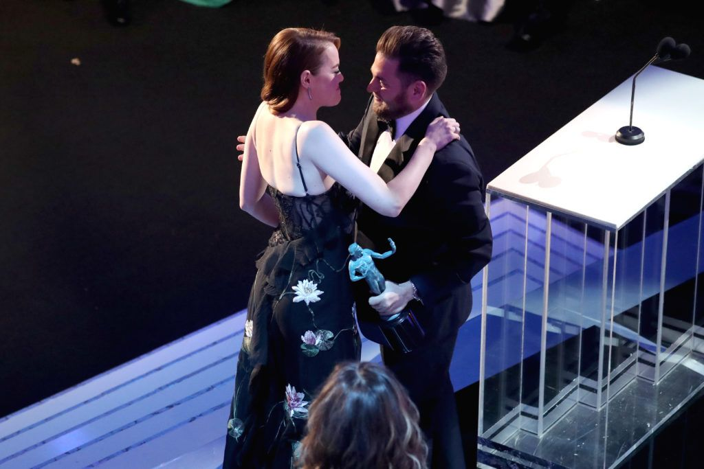 LOS ANGELES, CA - JANUARY 29: Actors Emma Stone (L) and Jonas Hill onstage The 23rd Annual Screen Actors Guild Awards at The Shrine Auditorium on January 29, 2017 in Los Angeles, California. 26592_021  (Photo by Richard Heathcote/Getty Images for TNT)