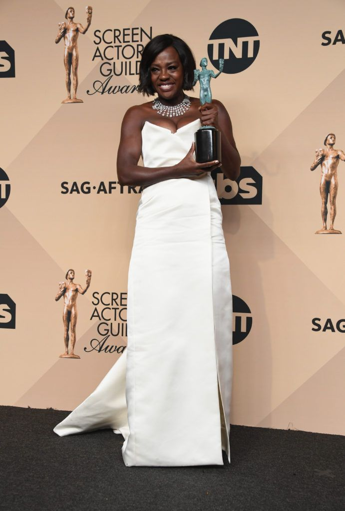 LOS ANGELES, CA - JANUARY 29:  Actor Viola Davis, winner of the Outstanding Performance by a Female Actor in a Supporting Role award for 'Fences,' poses in the press room during the 23rd Annual Screen Actors Guild Awards at The Shrine Expo Hall on January 29, 2017 in Los Angeles, California.  (Photo by Alberto E. Rodriguez/Getty Images)