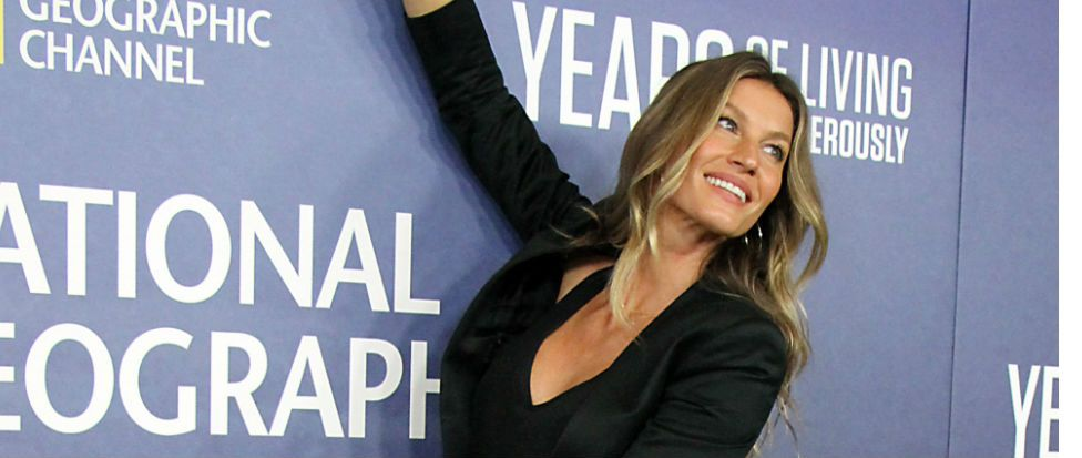 You've never seen anyone more excited than Gisele Bundchen at the Super Bowl