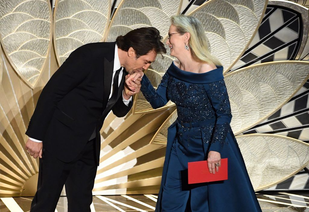 HOLLYWOOD, CA - FEBRUARY 26:  Actors Javier Bardem (L) and Meryl Streep speak onstage during the 89th Annual Academy Awards at Hollywood & Highland Center on February 26, 2017 in Hollywood, California.  (Photo by Kevin Winter/Getty Images)