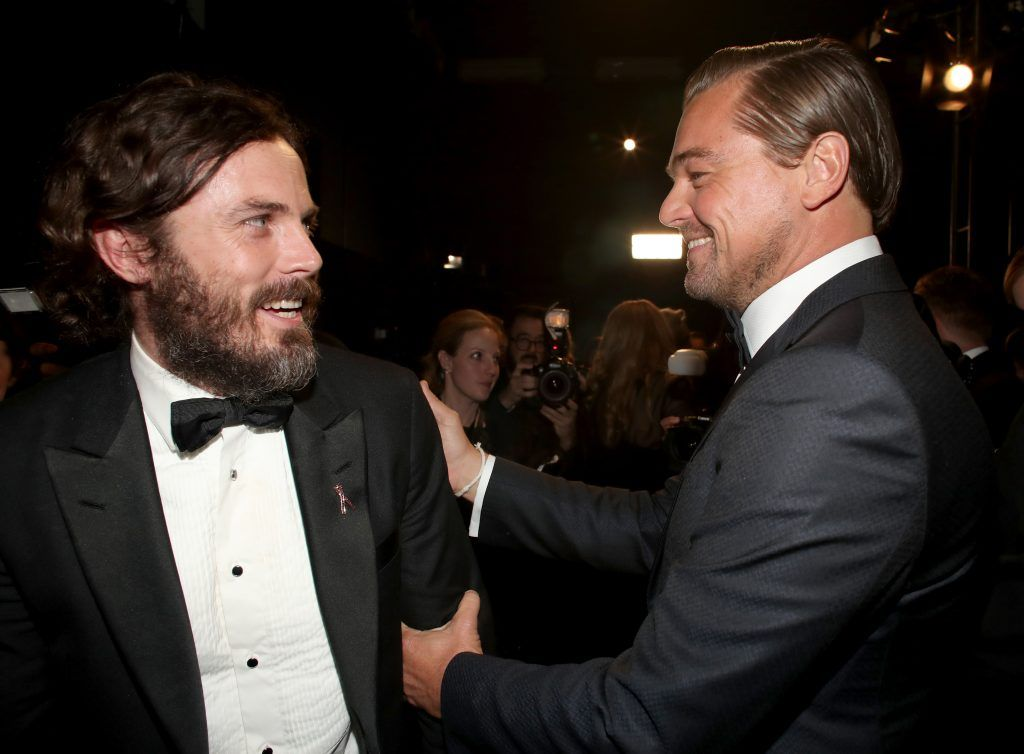 HOLLYWOOD, CA - FEBRUARY 26: Actors Casey Affleck (L) and Leonardo DiCaprio backstage during the 89th Annual Academy Awards at Hollywood & Highland Center on February 26, 2017 in Hollywood, California.  (Photo by Christopher Polk/Getty Images)