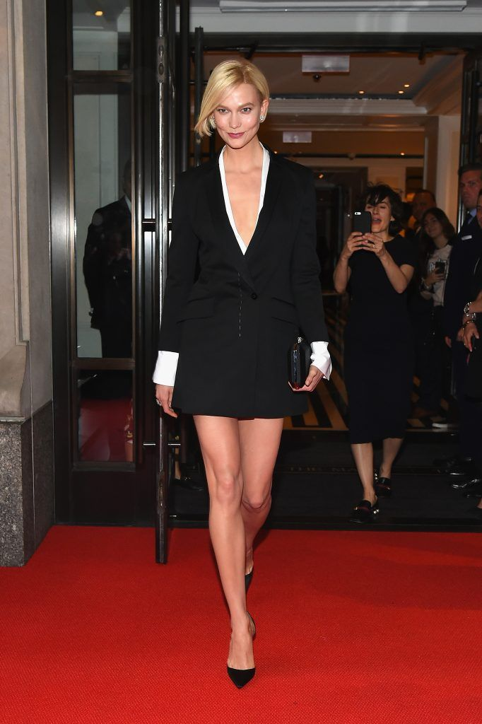NEW YORK, NY - MAY 01:  Karlie Kloss leaves from The Mark Hotel for the 2017 'Rei Kawakubo/Comme des Garçons: Art of the In-Between' Met Gala on May 1, 2017 in New York City.  (Photo by Ben Gabbe/Getty Images for The Mark Hotel)