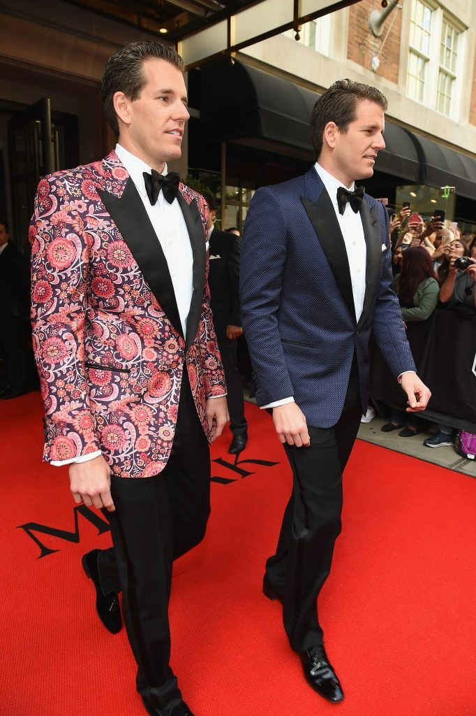 NEW YORK, NY - MAY 01:  Tyler Winklevoss and Cameron Winklevoss leave from The Mark Hotel for the 2017 'Rei Kawakubo/Comme des Garçons: Art of the In-Between' Met Gala on May 1, 2017 in New York City.  (Photo by Ben Gabbe/Getty Images for The Mark Hotel)