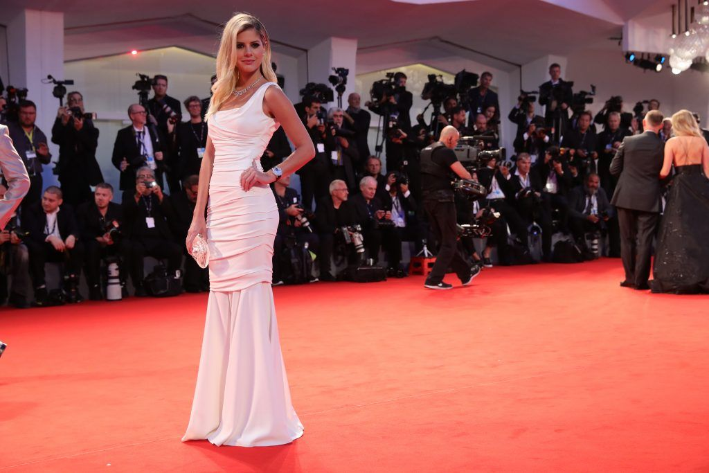 Lala Rudge walks the red carpet ahead of the 'Three Billboards Outside Ebbing, Missouri' screening during the 74th Venice Film Festival at Sala Grande on September 4, 2017 in Venice, Italy.  (Photo by Vittorio Zunino Celotto/Getty Images)