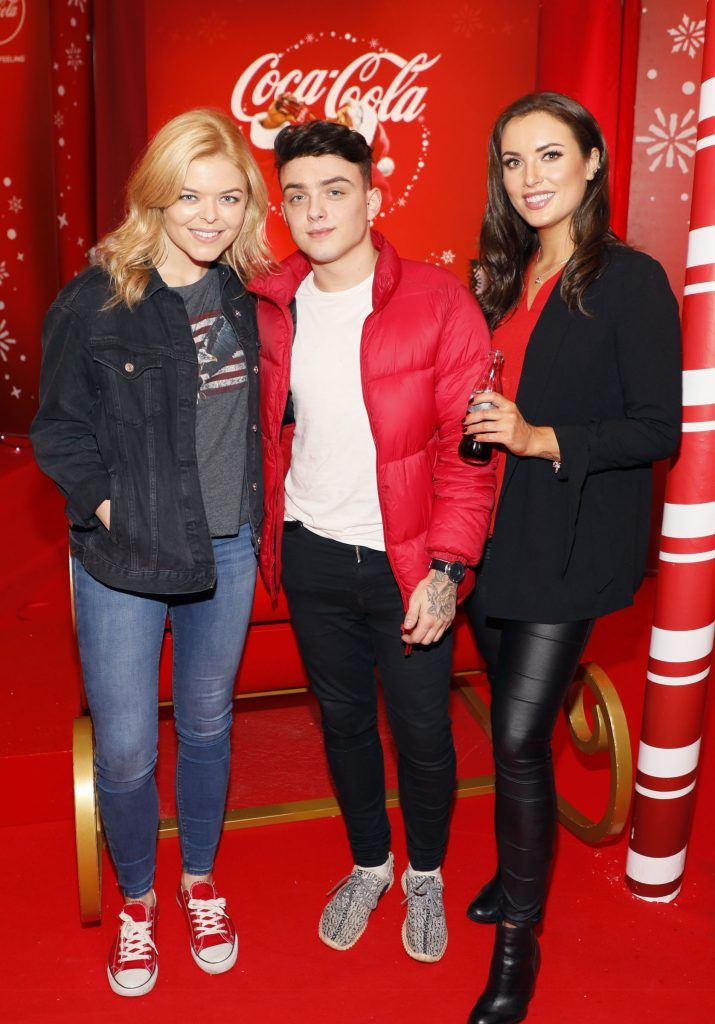 Doireann Garrihy, Mike Gibson and Holly Carpenter at Coca-Cola's #wrappedwithlove pop-up shop launch on 6th December 2017 at 57 South William Street, Dublin 2-photo Kieran Harnett