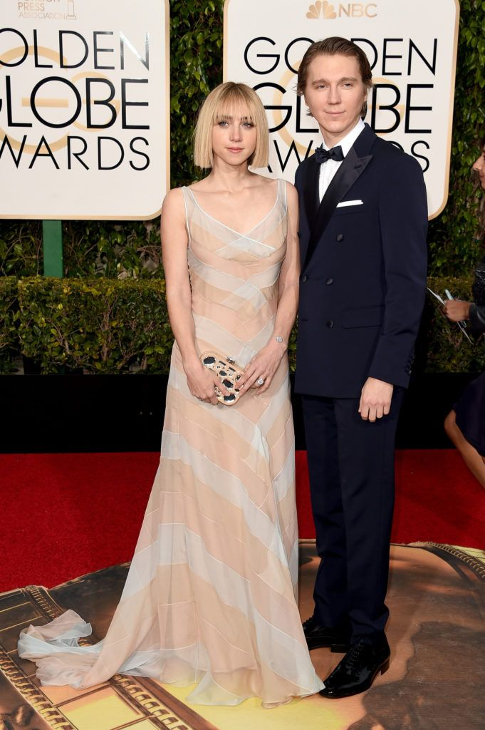 BEVERLY HILLS, CA - JANUARY 10:  Actors Zoe Kazan (L) and Paul Dano attend the 73rd Annual Golden Globe Awards held at the Beverly Hilton Hotel on January 10, 2016 in Beverly Hills, California.  (Photo by Jason Merritt/Getty Images)