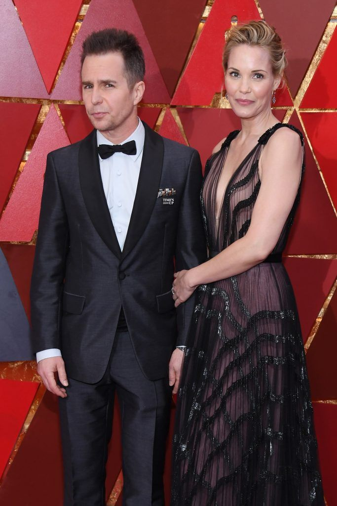 HOLLYWOOD, CA - MARCH 04: Sam Rockwell (L) and Leslie Bibb attend the 90th Annual Academy Awards at Hollywood & Highland Center on March 4, 2018 in Hollywood, California.  (Photo by Kevork Djansezian/Getty Images)
