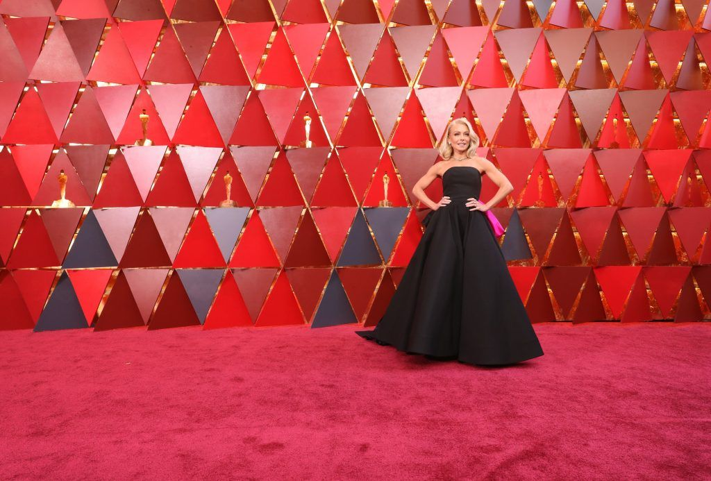 HOLLYWOOD, CA - MARCH 04:  Kelly Ripa attends the 90th Annual Academy Awards at Hollywood & Highland Center on March 4, 2018 in Hollywood, California.  (Photo by Neilson Barnard/Getty Images)