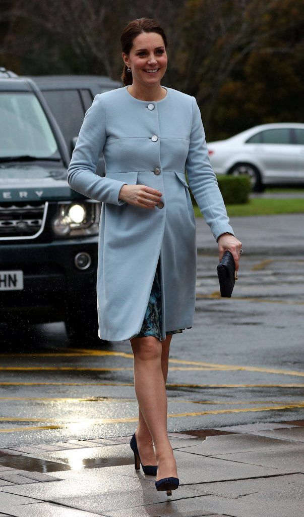 Catherine, Duchess of Cambridge arrives at the Mother and Baby unit at the Bethlem Royal Hospital on January 24, 2018 in London, England.  (Photo by Hannah McKay - WPA Pool/Getty Images)