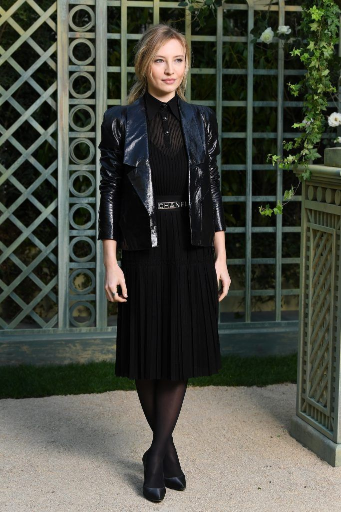 Julia Roy attends the Chanel Haute Couture Spring Summer 2018 show as part of Paris Fashion Week on January 23, 2018 in Paris, France.  (Photo by Pascal Le Segretain/Getty Images for Chanel)