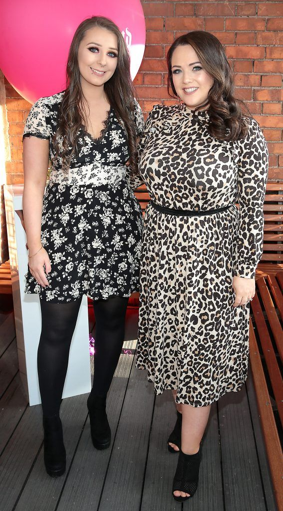 Eimear McElheron and Sinead Kavanagh pictured at The Urban Decay Backtalk Palette launch at Hang Dai, Dublin. Pic Brian McEvoy