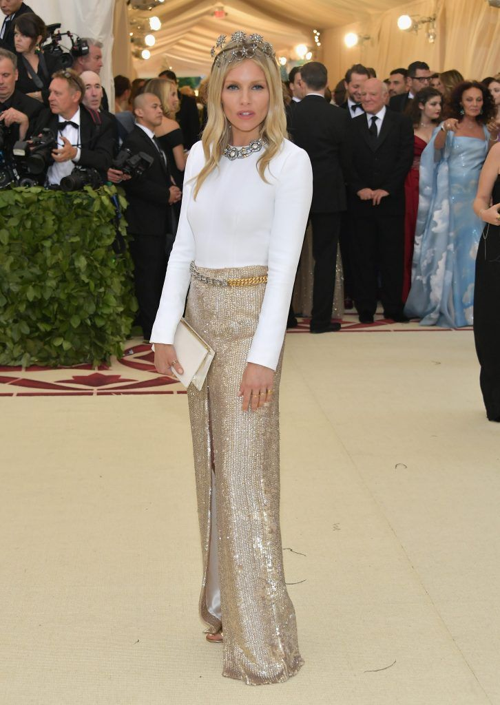 NEW YORK, NY - MAY 07:  Sienna Miller attends the Heavenly Bodies: Fashion & The Catholic Imagination Costume Institute Gala at The Metropolitan Museum of Art on May 7, 2018 in New York City.  (Photo by Neilson Barnard/Getty Images)