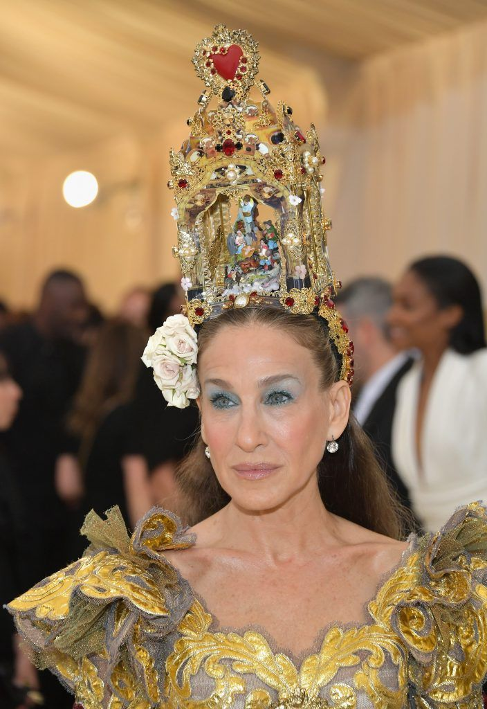 NEW YORK, NY - MAY 07:  Sarah Jessica Parker attends the Heavenly Bodies: Fashion & The Catholic Imagination Costume Institute Gala at The Metropolitan Museum of Art on May 7, 2018 in New York City.  (Photo by Neilson Barnard/Getty Images)