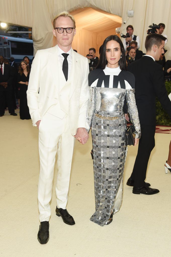 NEW YORK, NY - MAY 07:  Paul Bettany and Jennifer Connelly attend the Heavenly Bodies: Fashion & The Catholic Imagination Costume Institute Gala at The Metropolitan Museum of Art on May 7, 2018 in New York City.  (Photo by Jamie McCarthy/Getty Images)
