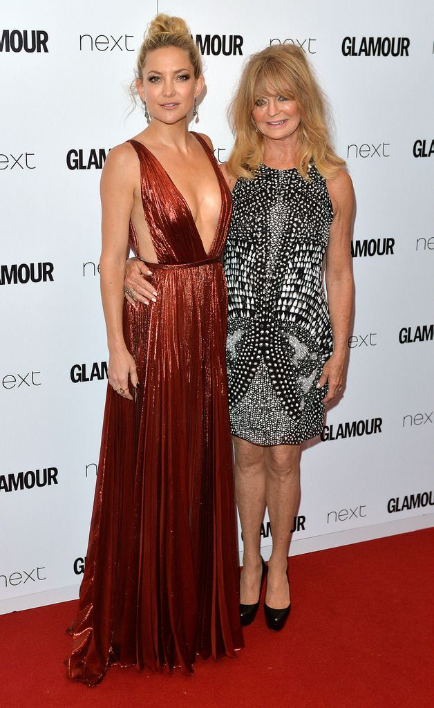 LONDON, ENGLAND - JUNE 02:  Kate Hudson and Goldie Hawn attend the Glamour Women Of The Year Awards at Berkeley Square Gardens on June 2, 2015 in London, England.  (Photo by Anthony Harvey/Getty Images)