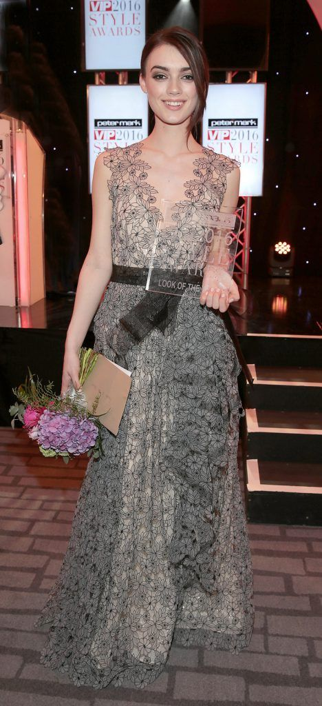 Jo Archbold with her award for look of the year  at The Peter Mark Vip Style Awards 2016  at The Marker Hotel in Dublin..Picture:Brian McEvoy