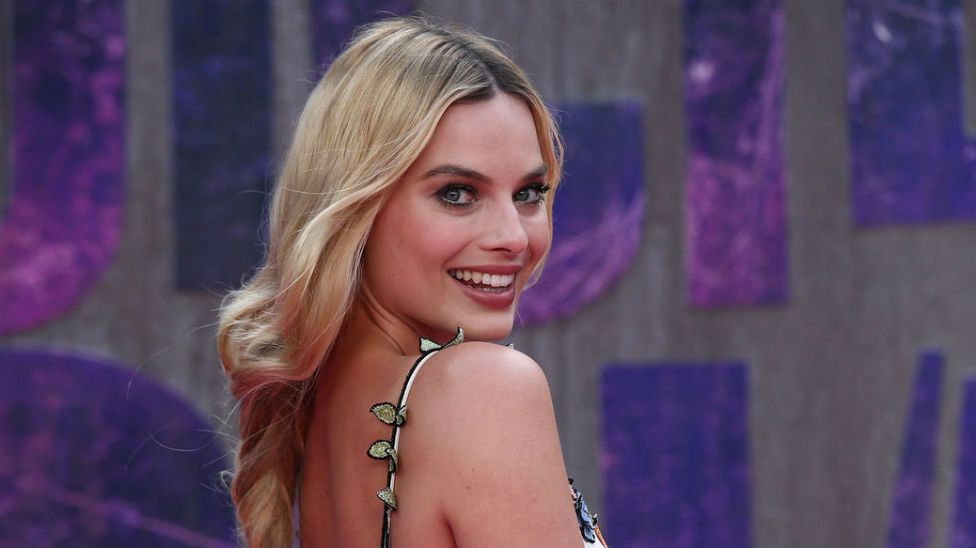 Margot Robbie pretty much confirms marriage with cheeky Insta post