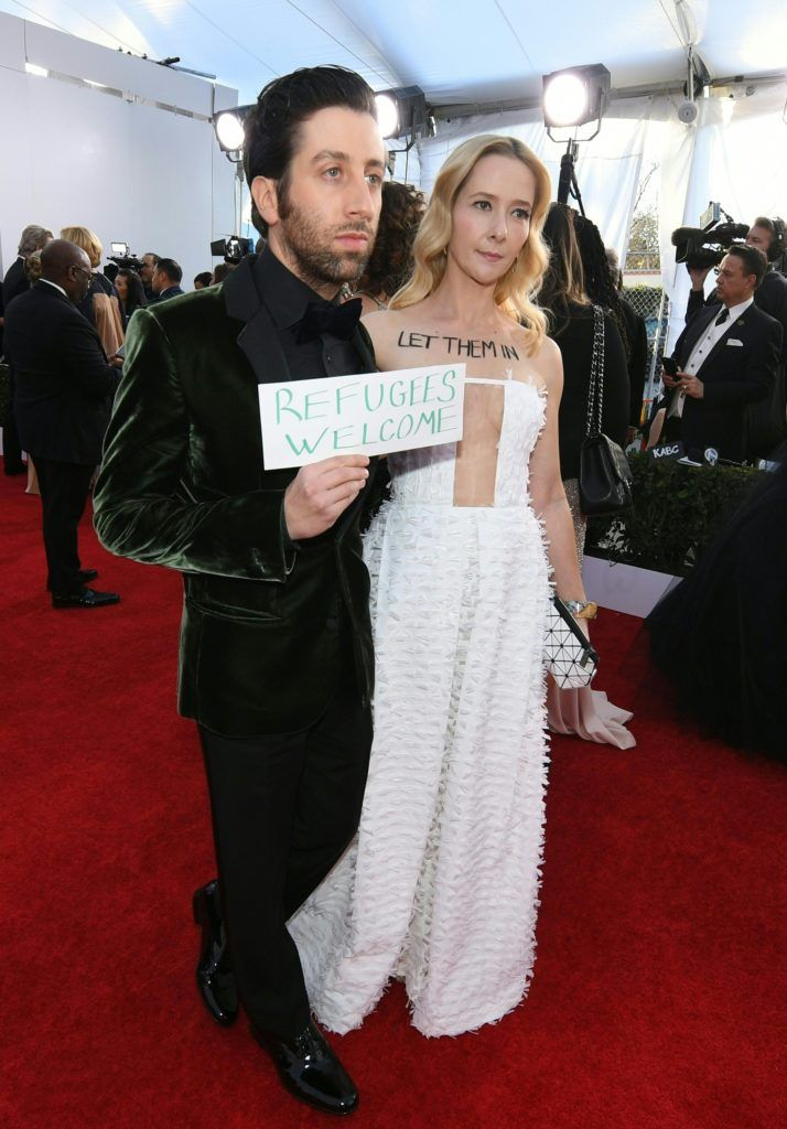 Simon Helberg (L) and Jocelyn Towne arrive at the 23rd Annual Screen Actors Guild Awards at The Shrine Auditorium on January 29, 2017 in Los Angeles, California.      (Photo MARK RALSTON/AFP/Getty Images)