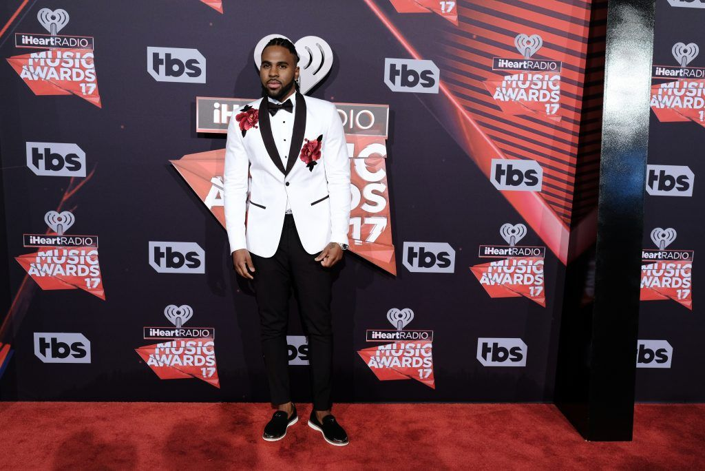 Singer-songwriter Jason Derulo attends the 2017 iHeartRadio Music Awards which broadcast live on Turner's TBS, TNT, and truTV at The Forum on March 5, 2017 in Inglewood, California.  (Photo by Alberto E. Rodriguez/Getty Images)