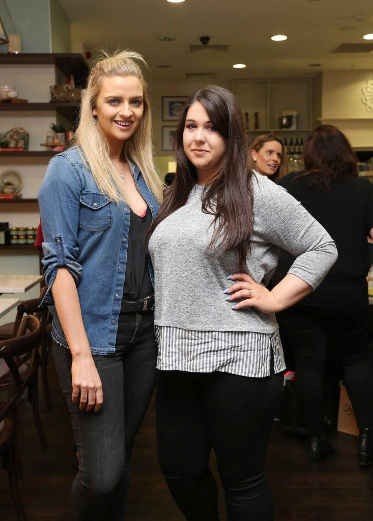 Pictured at the Kiehls and Arnotts supper launch event of Midnight Recovery Botanical Cleansing Oil held at Clodagh's Kitchen were (LtoR) Becky Johnston and Leanna Conlon. The highly anticipated launch of Midnight Recovery Botanical Cleansing Oil takes place from March 19th. Photo: Sasko Lazarov/Photocall Ireland