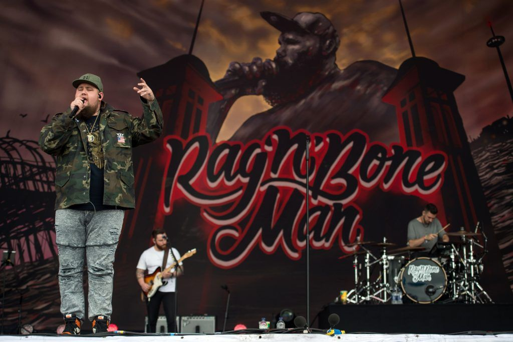 Rory Graham, known as Rag'n'Bone Man, performs on the Other Stage at the Glastonbury Festival of Music and Performing Arts on Worthy Farm near the village of Pilton in Somerset, South West England, on June 25, 2017. / AFP PHOTO / Oli SCARFF        (Photo by OLI SCARFF/AFP/Getty Images)