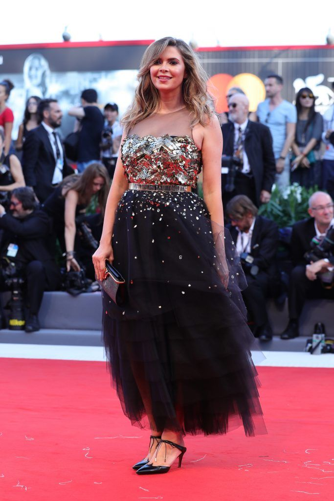 Carly Steel walks the red carpet ahead of the 'Downsizing' screening and Opening Ceremony during the 74th Venice Film Festival at Sala Grande on August 30, 2017 in Venice, Italy.  (Photo by Vittorio Zunino Celotto/Getty Images)