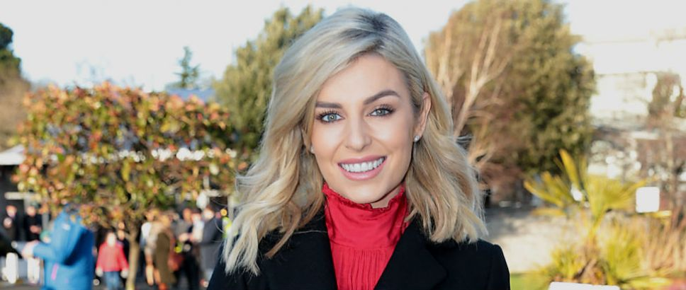 23c38f81c814 Pippa O Connor wore a dress in the year s most controversial shade