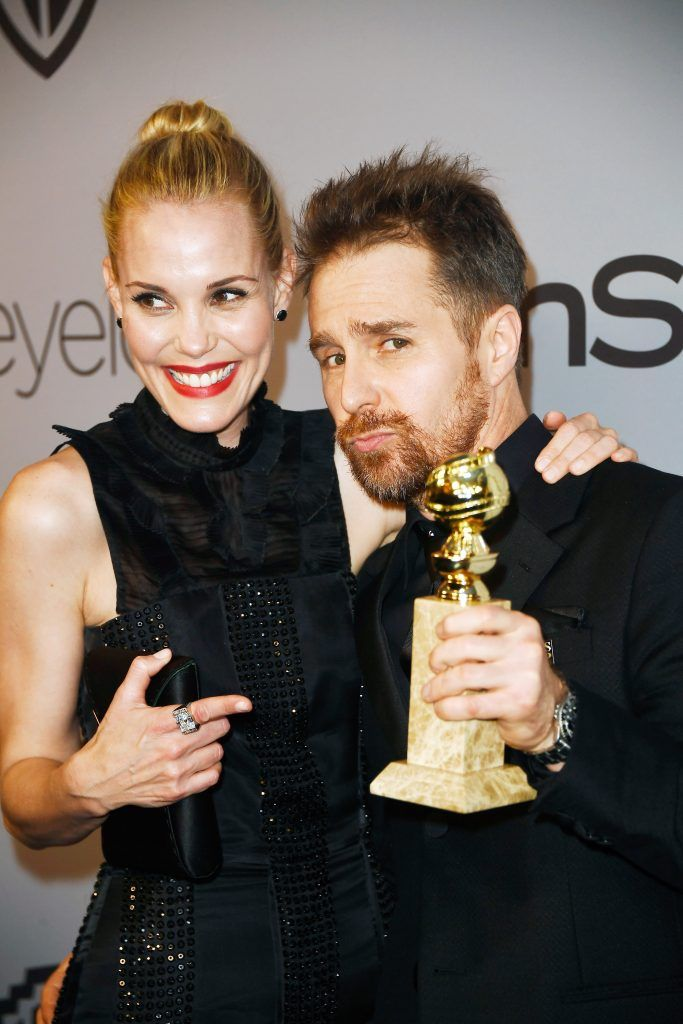 Actors Leslie Bibb (L) and Sam Rockwell attend the 19th Annual Post-Golden Globes Party hosted by Warner Bros. Pictures and InStyle at The Beverly Hilton Hotel on January 7, 2018 in Beverly Hills, California.  (Photo by Frazer Harrison/Getty Images)