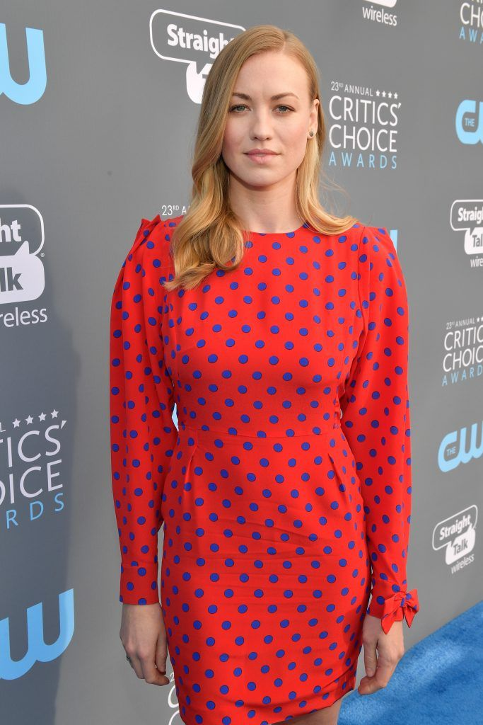 SANTA MONICA, CA - JANUARY 11:  Actor Yvonne Strahovski attends The 23rd Annual Critics' Choice Awards at Barker Hangar on January 11, 2018 in Santa Monica, California.  (Photo by Matt Winkelmeyer/Getty Images for The Critics' Choice Awards  )
